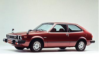 First-generation Accord. The Kashiwabara Plant has been producing the fuel tank for this model since 1977