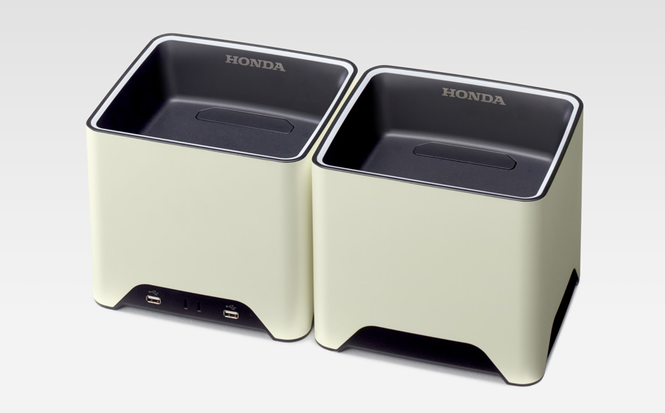Honda Mobile Power Pack Charge & Supply - Expandable Concept