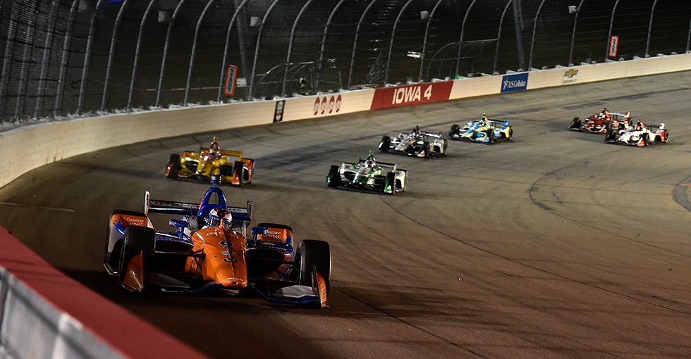 Late Charge Nets Second for Dixon, Third for Hinchcliffe in Iowa