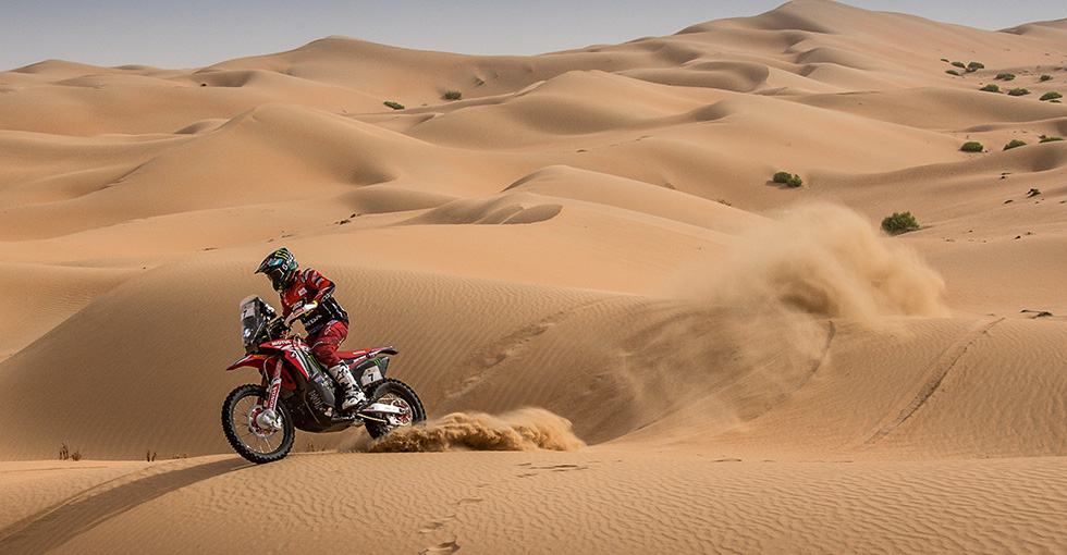Benavides Second in Abu Dhabi Stage 3 as Rally Reaches Halfway Point