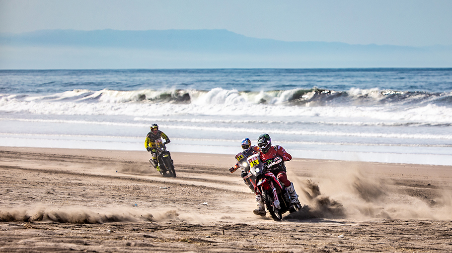 Brabec Leads Dakar at Halfway Point while Goncalves Leaves the Race