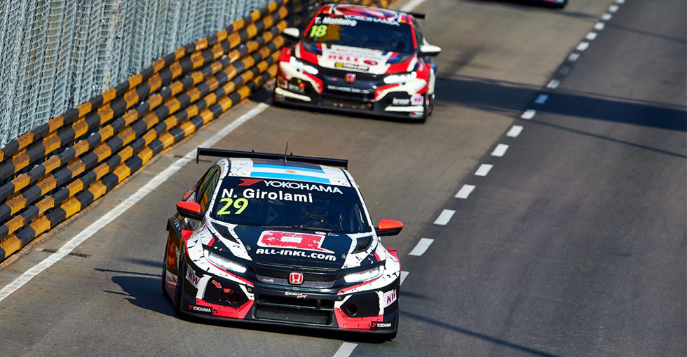 Double-points for Civic Type R TCR Drivers in Macau Opener