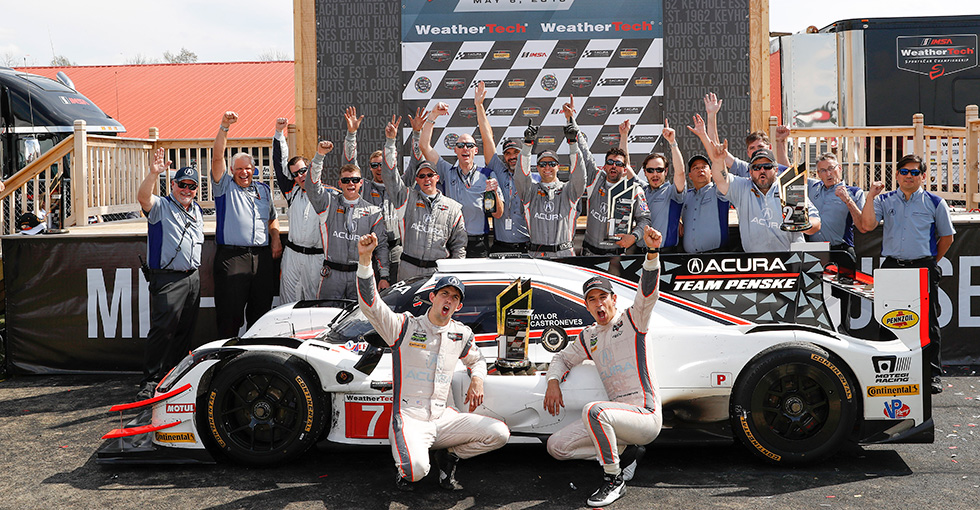Castroneves, Taylor Lead Acura Sweep at Mid-Ohio WTSC