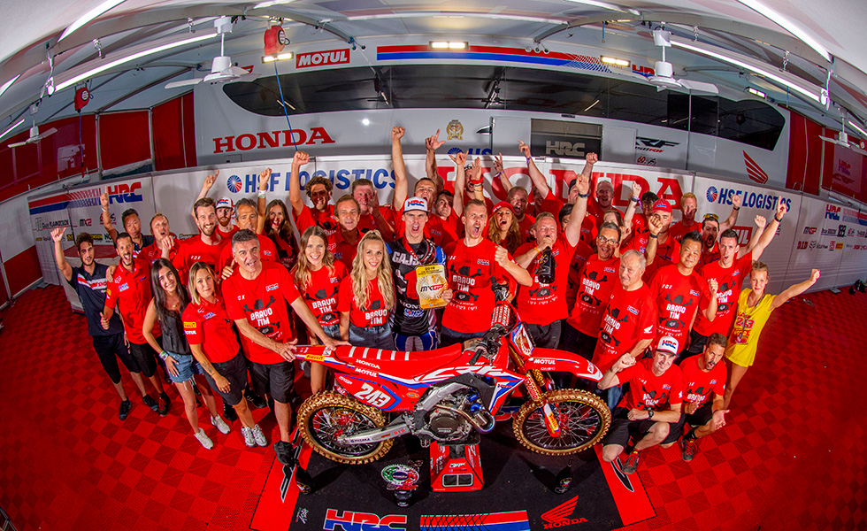 Tim Gajser and his team