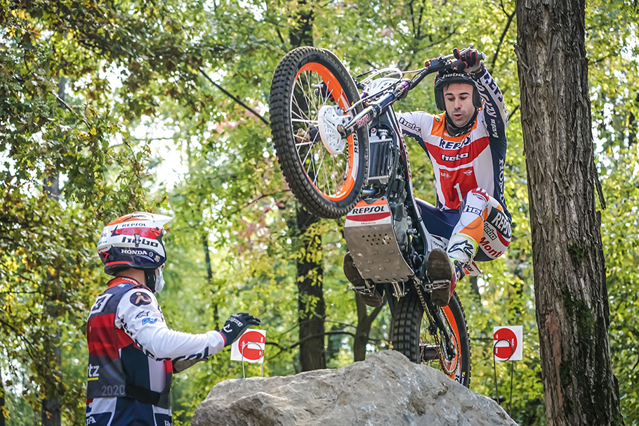 Toni Bou in action