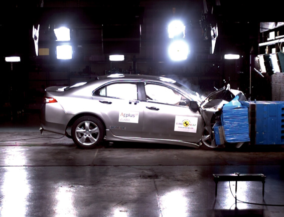 Honda Accord Achieves Highest Overall Rating in EuroNCAP Crash Tests for Large Family Cars