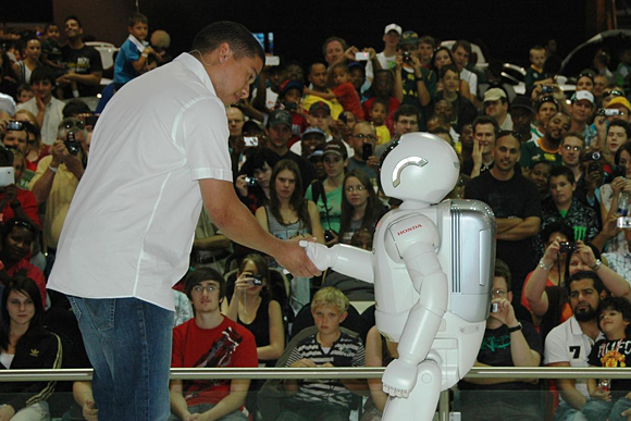 ASIMO receives warm welcome in South Africa