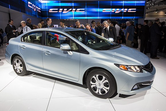 2013 Honda Civic Debuts at L.A. Auto Show Packed with Additional Features, Cementing its Class-Leading Status