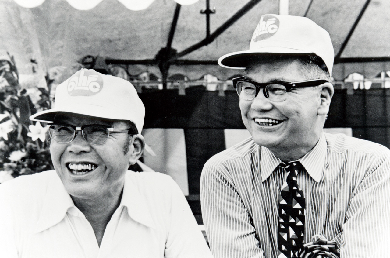 Soichiro Honda continually developed products with an eye to the signs of the times. Looking ahead to the future, Takeo Fujisawa ultimately decided on overseas expansion. Development and sales were always looking ahead while frequently taking the most difficult path. (Photo: 1973)